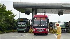 Camera phát hiện 1200 xe vi phạm trên cao tốc Nội Bài - Lào Cai
