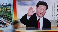 Mỹ siết chặt gọng kìm, Trung Quốc phản ứng mạnh mẽ