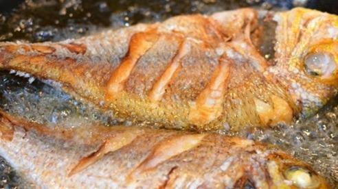 Biết mẹo này cá rán sẽ vàng giòn, thơm ngọt, chín mềm từ trong ra ngoài