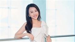 Huỳnh Hồng Loan: 'Nhớ những ngày gọi xe ôm đi làm và ở căn nhà thuê 30m2'