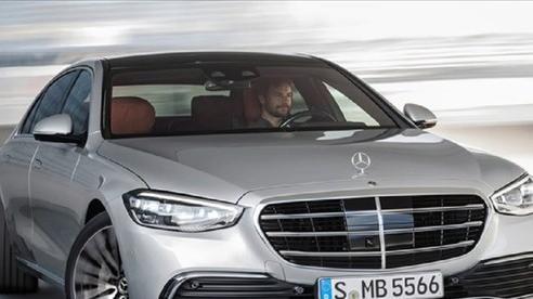 Mercedes S-class dùng công nghệ đánh lái bánh sau
