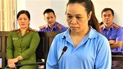 13 năm tù cho nhân viên trạm khuyến nông huyện lừa đảo