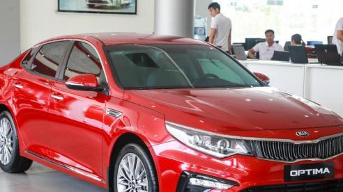 Giá xe ôtô hôm nay 15/9: Kia Optima giảm 50 triệu đồng