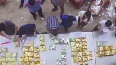 Bắt nhóm đối tượng mua bán vận chuyển trái phép gần 240kg ma túy
