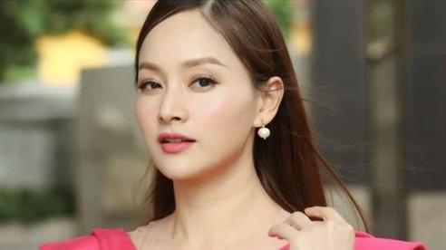 Lan Phương khoe vẻ đẹp rạng rỡ trong ngày ra mắt phim 'Trói buộc yêu thương'