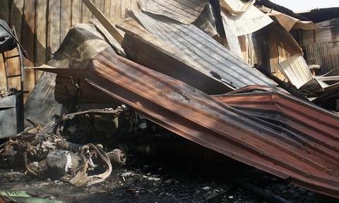 Cháy lớn ở Sài Gòn, lửa thiêu rụi nhà, xưởng cùng 10 xe máy