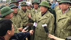 Phó Thủ tướng Trịnh Đình Dũng kiểm tra phòng chống bão: Thời gian vàng hạn chế thấp nhất thiệt hại của dân