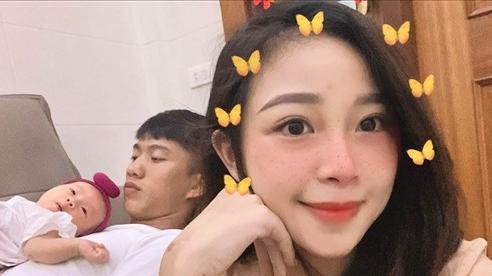 Vợ Phan Văn Đức: 'Chồng thường hôn lên vết rạn sau sinh để tôi bớt buồn'