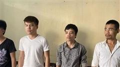 Bắt 4 con nghiện mang dao, kiếm đến quán nước uy hiếp đòi tiền bảo kê