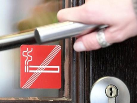 Đức cấm quảng cáo thuốc lá trên đường phố từ năm 2022
