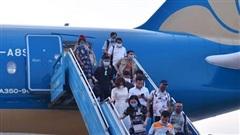 Mở lại 6 đường bay quốc tế: Thắp hy vọng cho ngành du lịch