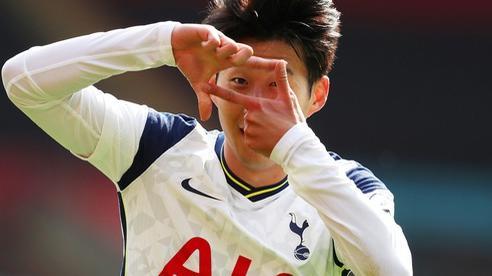 Son Heung-min ghi 4 bàn, Tottenham mở đại tiệc sân St.Mary's