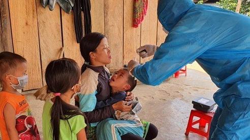 Lý giải vì sao trẻ lớn phải tiêm vắc-xin bạch hầu giảm liều