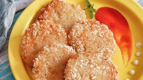 Thịt gà chiên với khoai tây thì ăn vặt cũng thích mà ăn cơm cũng tuyệt