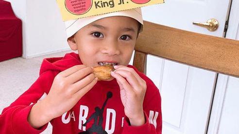 Con trai Ngô Kiến Huy sau 8 năm: Tò mò về thân thế, suy nghĩ lớn trước tuổi