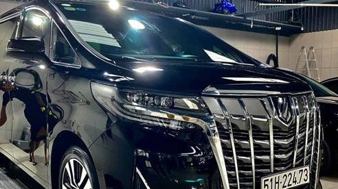 Rộ tin Nguyễn Quốc Cường bán Toyota Alphard: Xe lăn bánh 10 tháng, ODO gây ngạc nhiên