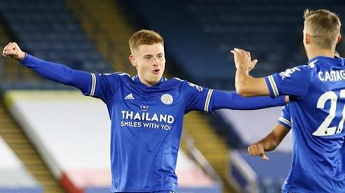 Thắng Burnley 4-2, Leicester tiếp tục bay cao