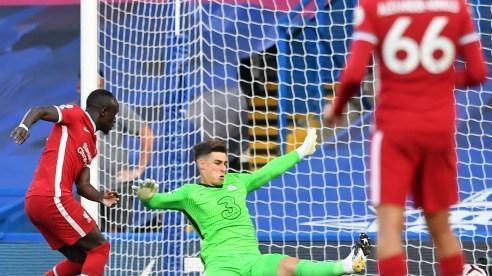 Lampard tức tốc 'xử' Kepa sau sai lầm trước Liverpool