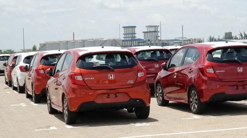 Việt Nam nhập khẩu gần 54.000 ô tô trong 8 tháng