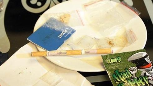 Đằng sau vụ thầy hiệu phó mở 'tiệc ma túy' tại phòng làm việc