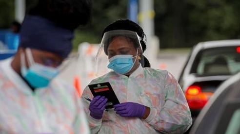 Gần 1 triệu người trên thế giới tử vong do COVID-19