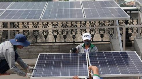 Bộ Công Thương: Điện mặt trời mái nhà có giá tới 8,38 UScent/kWh