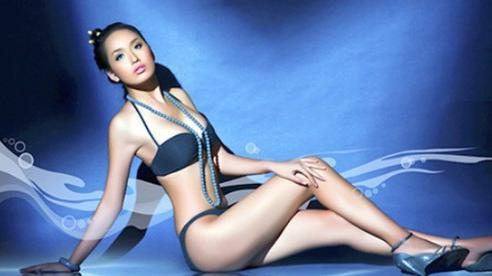 Diện bikini gợi cảm, Mai Phương Thúy xứng danh 'hoa hậu nóng bỏng nhất'