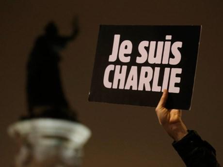 Truyền thông Pháp ủng hộ tờ báo trào phúng Charlie Hebdo