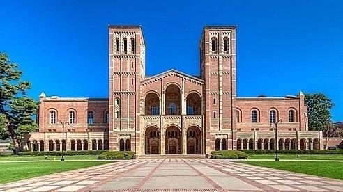 Hơn 60 sinh viên nhà giàu 'chạy' vào đại học danh tiếng Mỹ