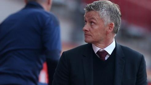 Chuyển nhượng không phải lời giải cho vấn đề của Manchester United