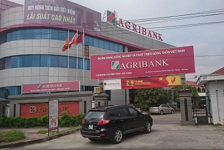 Bắc Giang: Cán bộ Agribank Đình Trám bị tố hành xử theo kiểu tín dụng đen