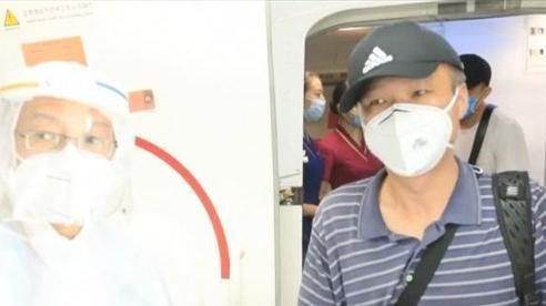 Cụ ông 72 tuổi Trung Quốc một mình vượt gần 2.000 km đi 'trả nghĩa'