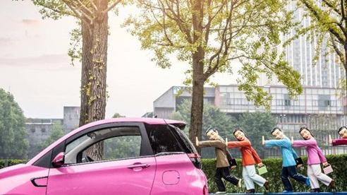 Chiếc ô tô hai chỗ đi chợ, đón con rẻ không ngờ, giá chỉ nhỉnh hơn Honda SH