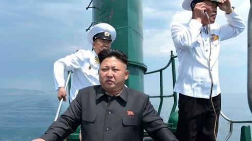Ông Kim Jong-un từng bị ám sát hụt bởi những quân nhân phản bội