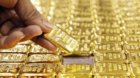 Giá vàng đảo chiều, tăng phiên cuối tuần