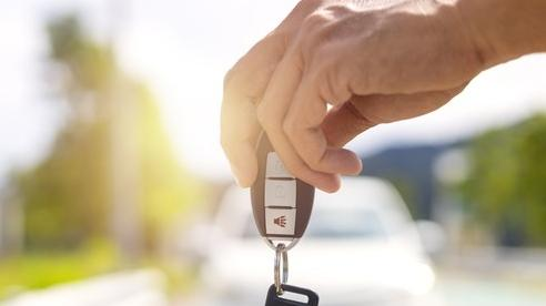 Các hãng ô tô thu về bao nhiêu tiền mỗi giây?