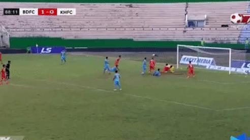 Clip Sanna Khánh Hòa BVN thoát thua ngoạn mục ở phút bù giờ trận chạm trán Bình Định