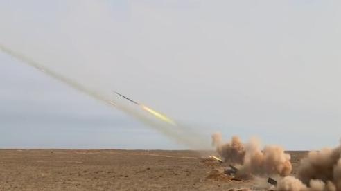 Xem dàn pháo hạng nặng 'gầm thét' trong cuộc tập trận 'Kavkaz-2020'
