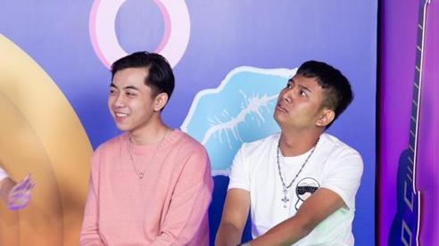 Hết hơi hát hit: Thái Vũ hát 'Sóng gió' (Jack), TTeam và đội Kim Ngân chiến nhau 'cực căng'