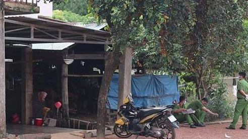 Người đàn ông ở Bình Phước rút kéo đâm gục vợ cũ