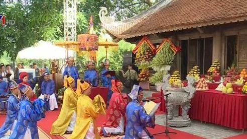 Tưởng niệm 200 năm ngày mất đại thi hào Nguyễn Du