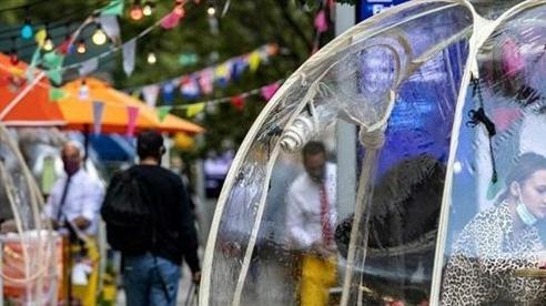 Ý tưởng 'bong bóng' cứu sống nhà hàng New York (Mỹ) trong mùa COVID