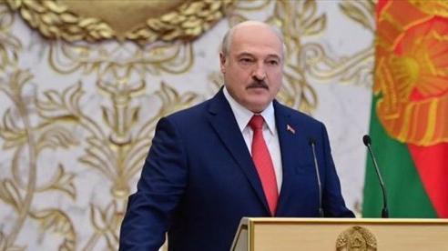 Tổng thống Pháp nói ông Lukashenko 'phải ra đi'; Belarus bắt hàng chục người biểu tình trái phép