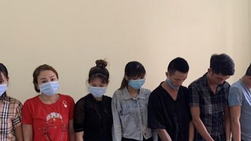 Hòa Bình: 9 đối tượng tổ chức tiệc ma túy trong quán karaoke