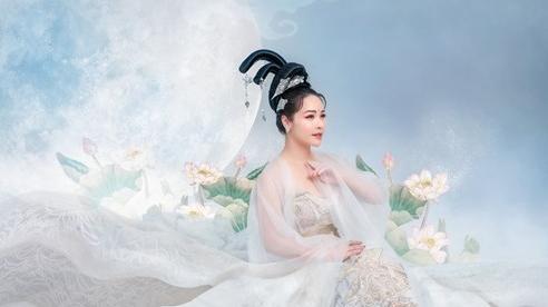 Nhật Kim Anh hoá Hằng Nga