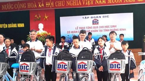 Nhiều phần quà đến với học sinh nghèo huyện Quảng Ninh, tỉnh Quảng Bình