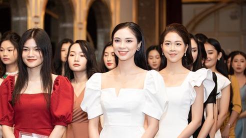 Dàn thí sinh 'cực phẩm' tại vòng Sơ khảo phía Bắc Hoa Hậu Việt Nam 2020