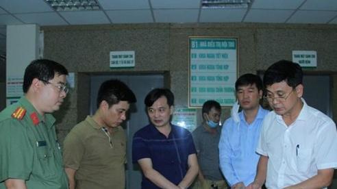 Khống chế đối tượng mua bán tàng trữ ma tuý, hai chiến sĩ công an bị đâm trọng thương