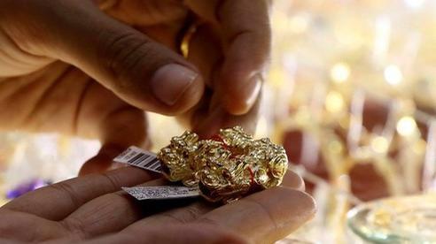 Giá vàng hôm nay: Quay đầu tăng vọt trở lại