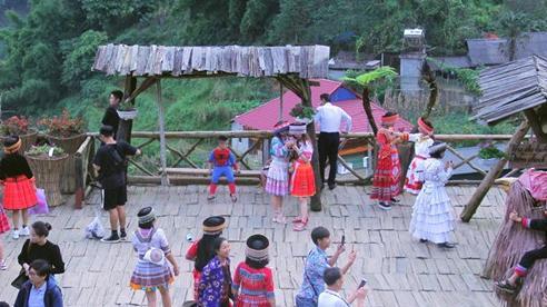 Lào Cai: Tiếp tục kích cầu tăng trưởng du lịch cuối năm 2020